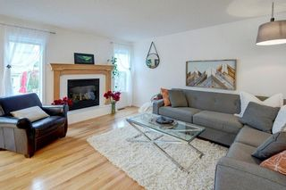 Photo 8: 82 COUGARSTONE Close SW in Calgary: Cougar Ridge Detached for sale : MLS®# C4295852
