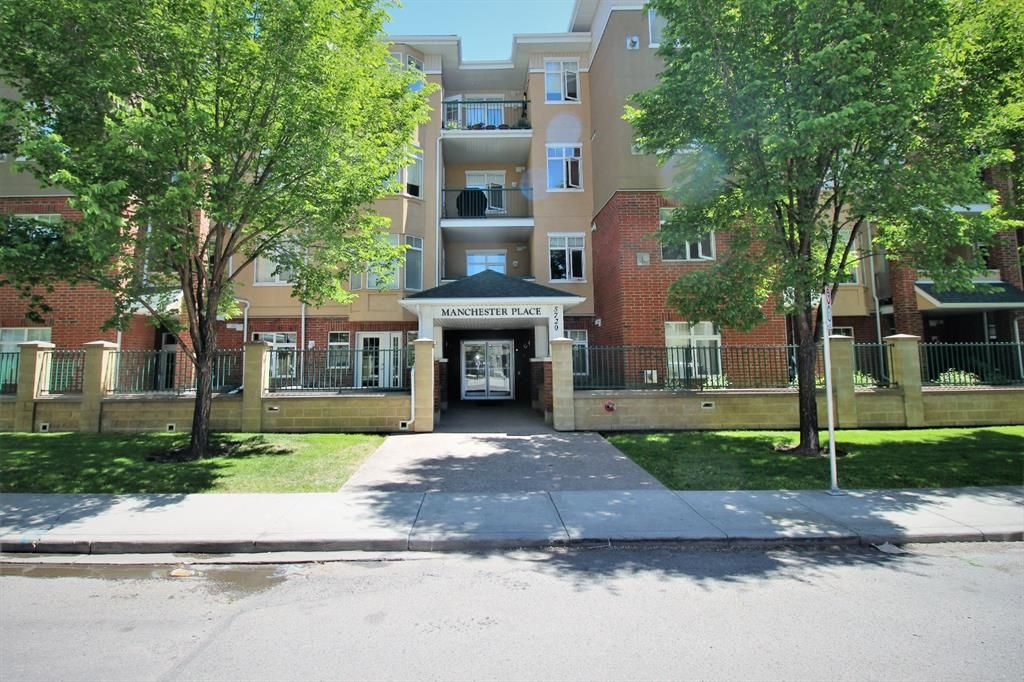 Main Photo: 410 5720 2 Street SW in Calgary: Manchester Apartment for sale : MLS®# A1121433