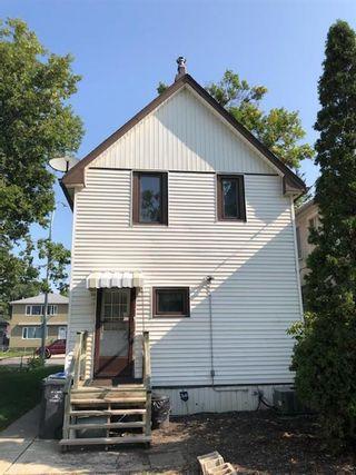 Photo 3: 196 Hespeler Avenue in Winnipeg: Elmwood Residential for sale (3A)  : MLS®# 202121735