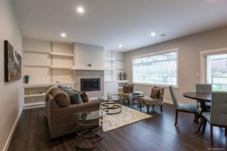 Photo 4: 2 1580 Glen Eagle Dr in Campbell River: CR Campbell River West Half Duplex for sale : MLS®# 886602