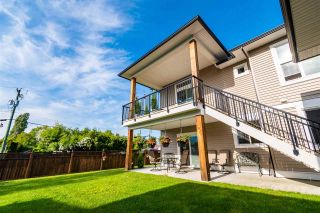 Photo 3: 10289 KENT ROAD in Chilliwack: Fairfield Island House for sale : MLS®# R2582345
