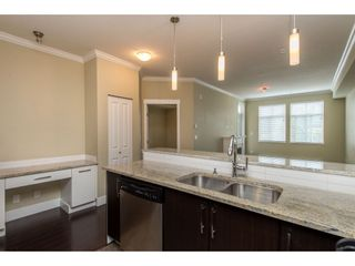 """Photo 8: 209 2632 PAULINE Street in Abbotsford: Central Abbotsford Condo for sale in """"Yale Crossing"""" : MLS®# R2380897"""