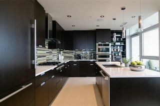 Photo 15: 3002 99 SPRUCE Place SW in Calgary: Spruce Cliff Apartment for sale : MLS®# A1011022