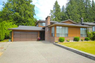 Photo 1: 20435 90 Crescent in Langley: Walnut Grove House for sale : MLS®# R2077715