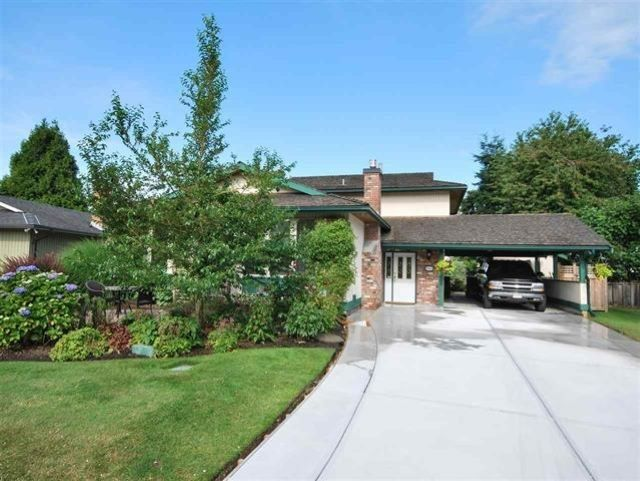 Main Photo: 6531 GAINSBOROUGH DRIVE in Richmond: Woodwards House for sale : MLS®# R2556854