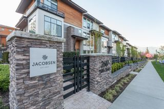 "Photo 1: 58 2687 158 Street in Surrey: Grandview Surrey Townhouse for sale in ""JACOBSEN"" (South Surrey White Rock)  : MLS®# R2054062"