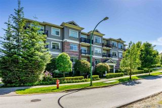 """Photo 2: 402 19530 65 Avenue in Surrey: Clayton Condo for sale in """"WILLOW GRAND"""" (Cloverdale)  : MLS®# R2587452"""