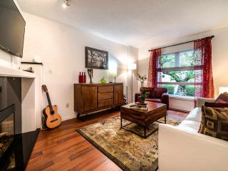 "Photo 6: 13 888 W 16TH Avenue in Vancouver: Fairview VW Townhouse for sale in ""LAUREL MEWS"" (Vancouver West)  : MLS®# R2510599"