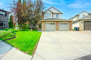 Main Photo: 19 Strathridge Bay SW in Calgary: Strathcona Park Detached for sale : MLS®# A1131662
