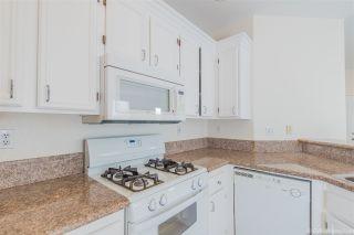 Photo 6: CHULA VISTA House for sale : 3 bedrooms : 940 Caminito Estrella
