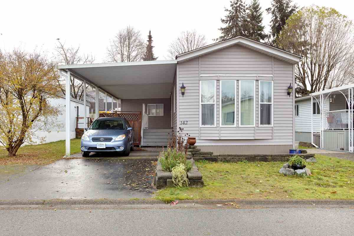 """Main Photo: 142 145 KING EDWARD Street in Coquitlam: Maillardville Manufactured Home for sale in """"MILL CREEK VILLAGE"""" : MLS®# R2518910"""