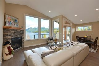 Photo 9: 6532 N GALE Avenue in Sechelt: Sechelt District House for sale (Sunshine Coast)  : MLS®# R2554802