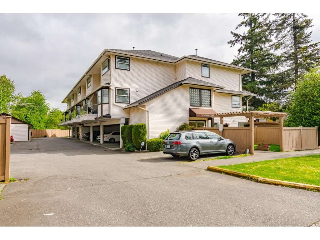 "Main Photo: 7 19991 53A Avenue in Langley: Langley City Condo for sale in ""CATHERINE COURT"" : MLS®# R2456419"