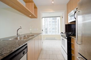 """Photo 12: 903 1001 RICHARDS Street in Vancouver: Downtown VW Condo for sale in """"MIRO"""" (Vancouver West)  : MLS®# V947357"""
