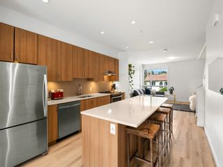 """Photo 3: 48 1188 WILSON Crescent in Squamish: Dentville Townhouse for sale in """"The Current"""" : MLS®# R2617887"""