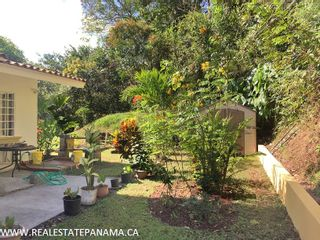 Photo 11: Beautiful hillside home for sale in Panama