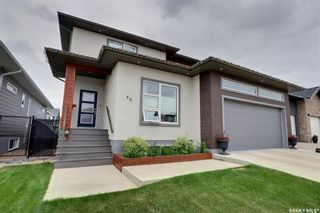 Photo 1: 46 Hinz Place in Prince Albert: Crescent Acres Residential for sale : MLS®# SK867436