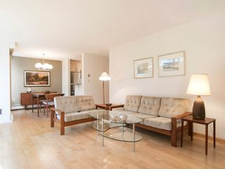 """Photo 11: 104 1930 W 3RD Avenue in Vancouver: Kitsilano Condo for sale in """"THE WESTVIEW"""" (Vancouver West)  : MLS®# R2099750"""