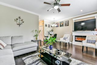 """Photo 11: 127 15399 GUILDFORD Drive in Surrey: Guildford Townhouse for sale in """"GUILDFORD GREEN"""" (North Surrey)  : MLS®# R2237547"""