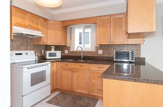 Photo 2: 4105 CAMBRIDGE STREET in Burnaby: Vancouver Heights House for sale (Burnaby North)  : MLS®# R2412305