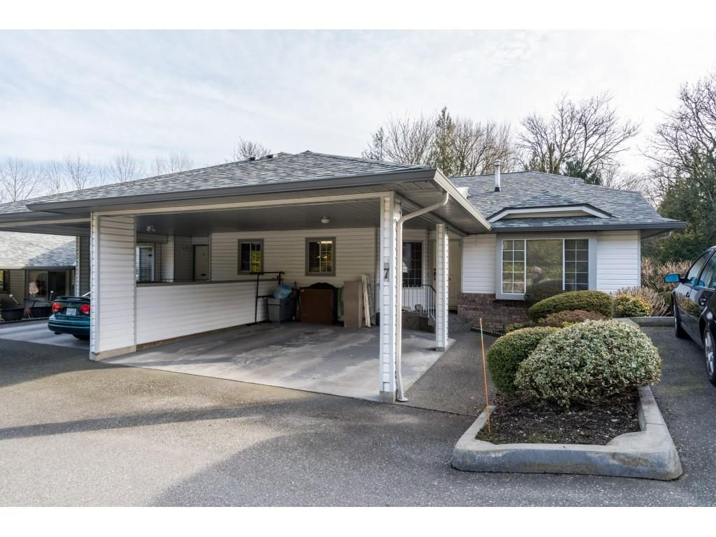 """Main Photo: 7 3351 HORN Street in Abbotsford: Central Abbotsford Townhouse for sale in """"Evansbrook"""" : MLS®# R2544637"""