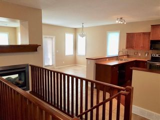 Photo 11: 708 Boulder Creek Drive SE: Langdon Detached for sale : MLS®# A1153144