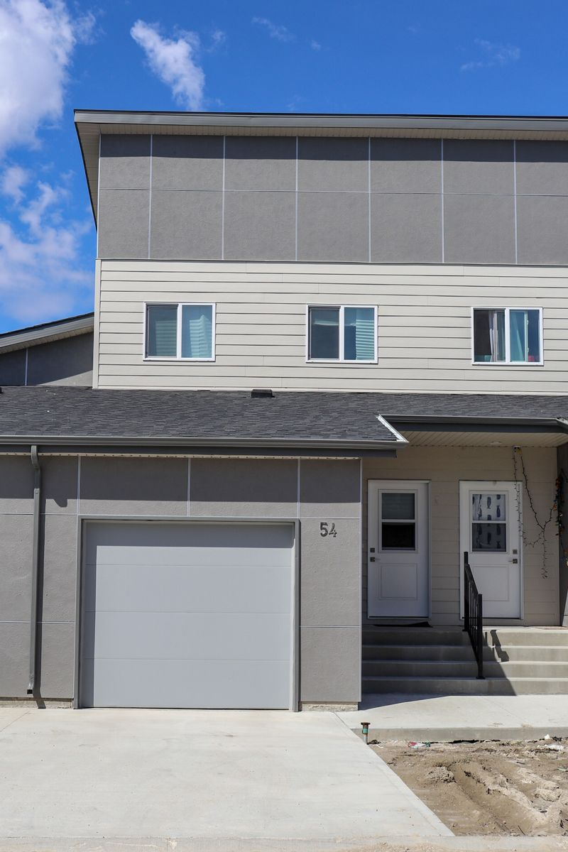 FEATURED LISTING: 54 - 1655 Leila Avenue Winnipeg