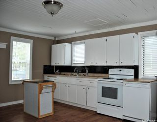Photo 3: 105 2nd Street South in Martensville: Residential for sale : MLS®# SK851870