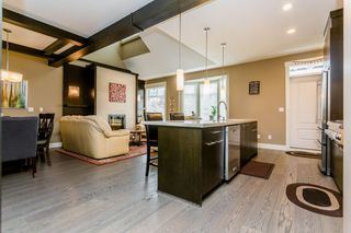 """Photo 2: 42 15977 26 Avenue in Surrey: Grandview Surrey Townhouse for sale in """"THE BELCROFT"""" (South Surrey White Rock)  : MLS®# R2178020"""
