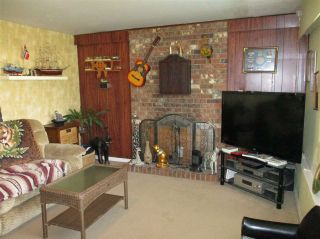 """Photo 5: 3771 198 Street in Langley: Brookswood Langley House for sale in """"Brookswood Langley"""" : MLS®# R2559506"""