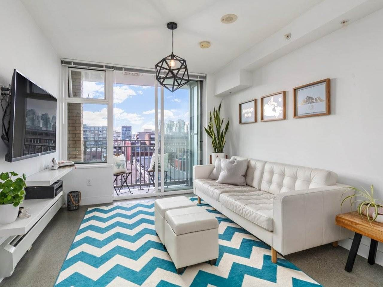 """Main Photo: 605 231 E PENDER Street in Vancouver: Strathcona Condo for sale in """"FRAMEWORK"""" (Vancouver East)  : MLS®# R2525315"""