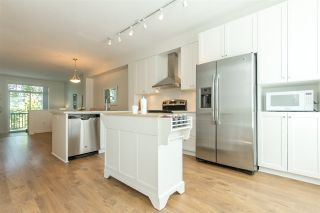 """Photo 10: 76 8476 207A Street in Langley: Willoughby Heights Townhouse for sale in """"YORK By Mosaic"""" : MLS®# R2173996"""