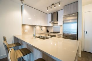"""Photo 13: 1908 3007 GLEN Drive in Coquitlam: North Coquitlam Condo for sale in """"EVERGREEN BY BOSA"""" : MLS®# R2131951"""