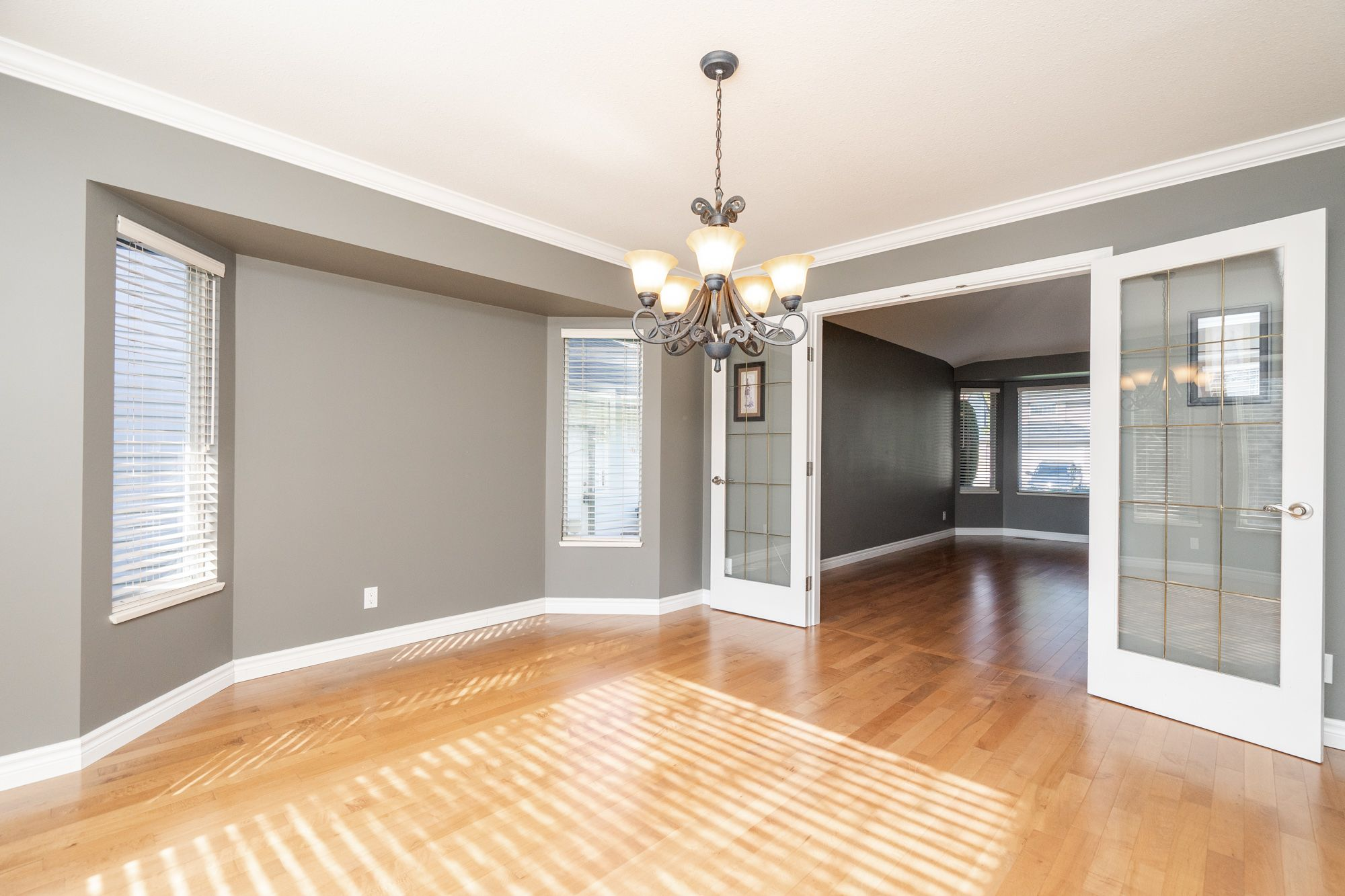 """Photo 13: Photos: 8448 213 Street in Langley: Walnut Grove House for sale in """"Forest Hills"""" : MLS®# R2259409"""