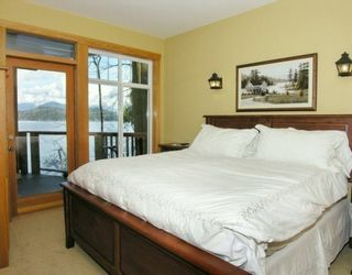 """Photo 2: 1508 TIDEVIEW Road in Gibsons: Gibsons & Area House for sale in """"LANGDALE"""" (Sunshine Coast)  : MLS®# V621776"""