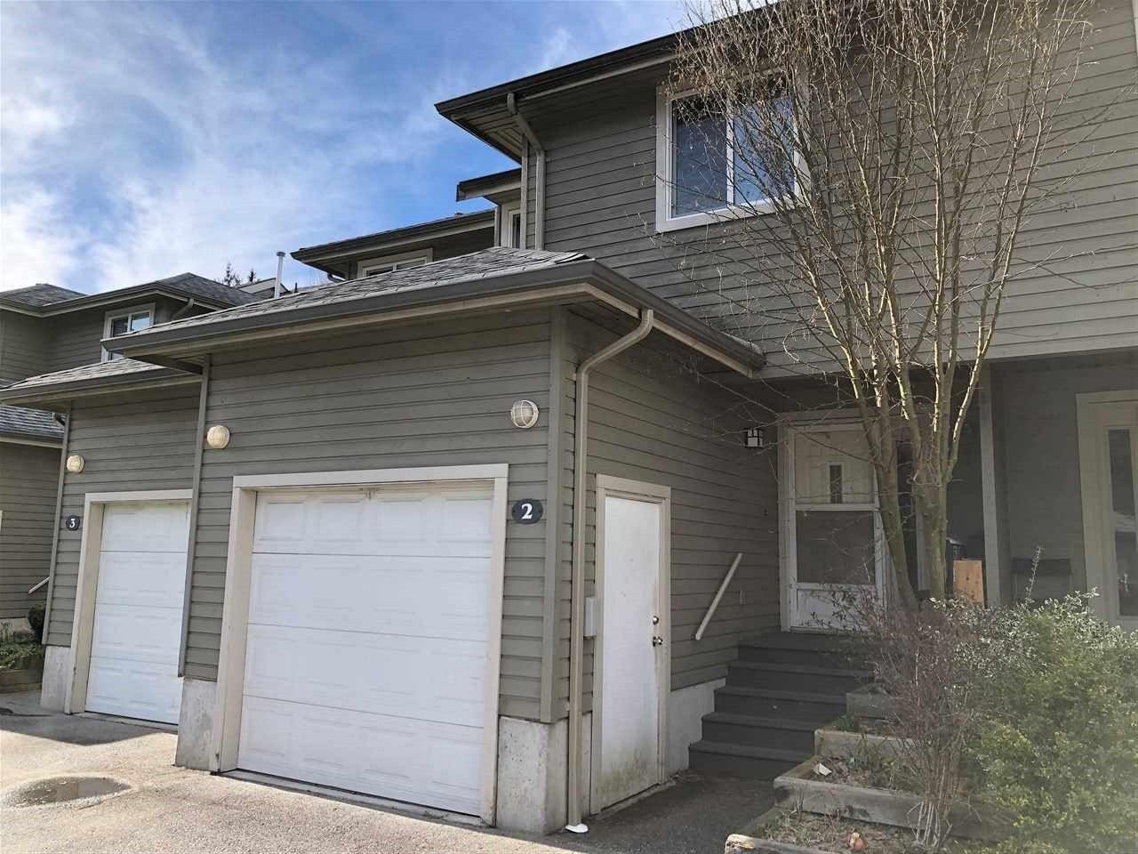 "Main Photo: 2 40200 GOVERNMENT Road in Squamish: Garibaldi Estates Townhouse for sale in ""Viking Ridge"" : MLS®# R2550188"