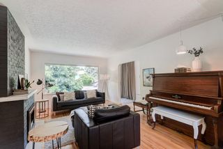 Photo 5: 5404 Thornton Road NW in Calgary: Thorncliffe Detached for sale : MLS®# A1120570