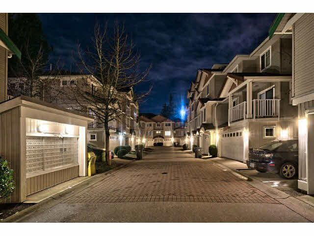 Main Photo: 32 12711 64TH Avenue in Surrey: West Newton Townhouse for sale : MLS®# F1431624