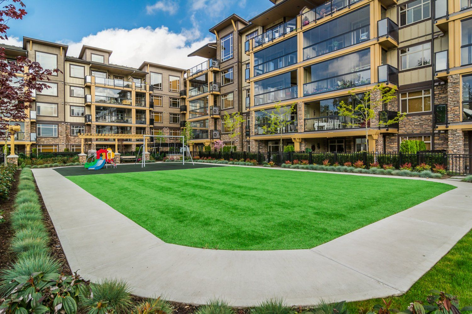 """Photo 37: Photos: 509 8258 207A Street in Langley: Willoughby Heights Condo for sale in """"YORKSON CREEK (BLG A)"""" : MLS®# R2221052"""