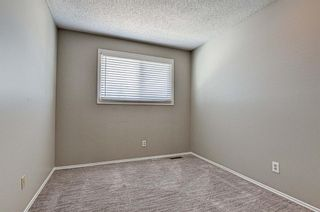 Photo 11: 137 Woodglen Way SW in Calgary: Woodbine Semi Detached for sale : MLS®# A1092343
