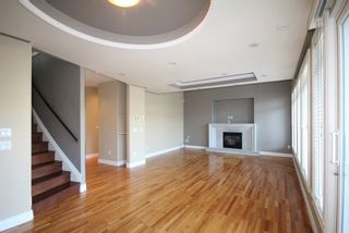 Photo 2: 1685 E 60TH Avenue in Vancouver: Fraserview VE House for sale (Vancouver East)  : MLS®# R2171347