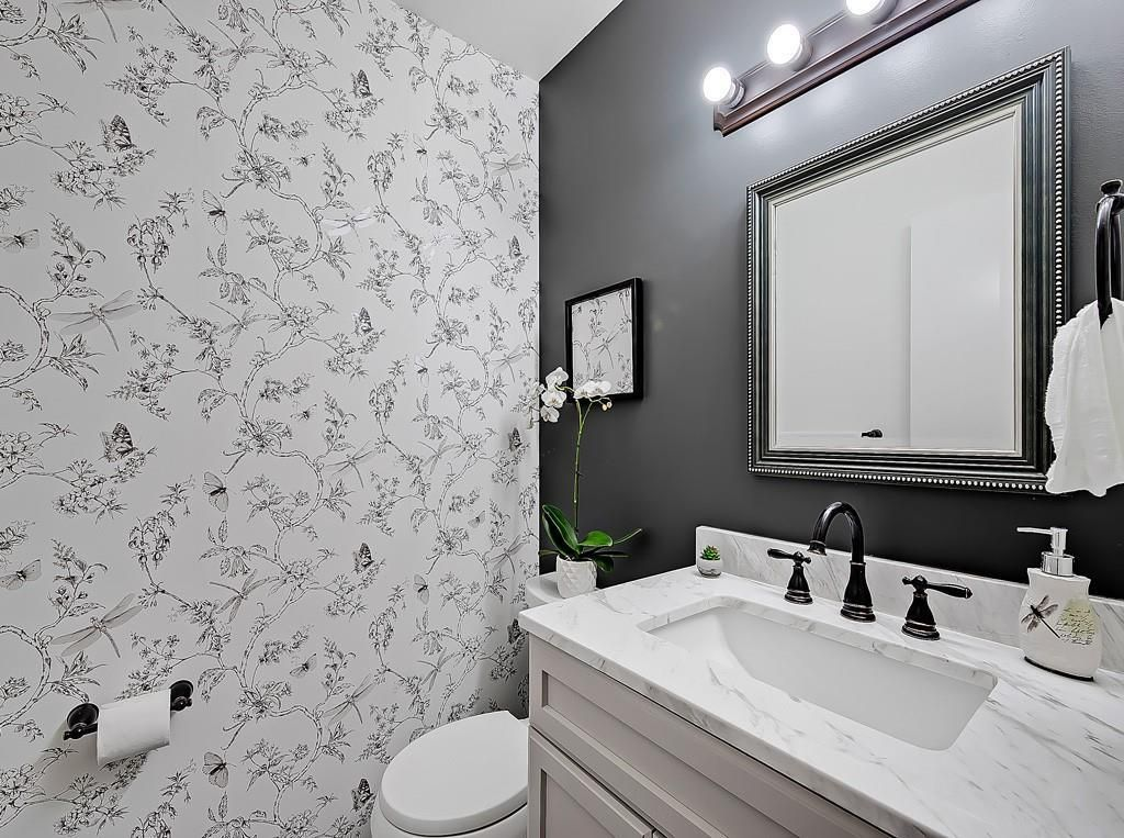 Photo 16: Photos: 7607 68 Avenue NW in Calgary: Silver Springs Detached for sale : MLS®# A1024824