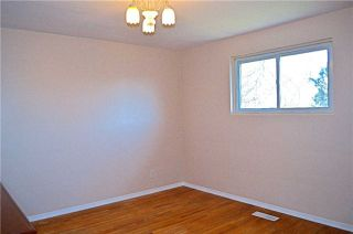 Photo 13: 34 Chillery Avenue in Toronto: Eglinton East House (Backsplit 4) for sale (Toronto E08)  : MLS®# E3757375