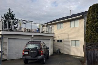 Photo 9: 17096 64TH Avenue in Surrey: Cloverdale BC House for sale (Cloverdale)  : MLS®# F1000732