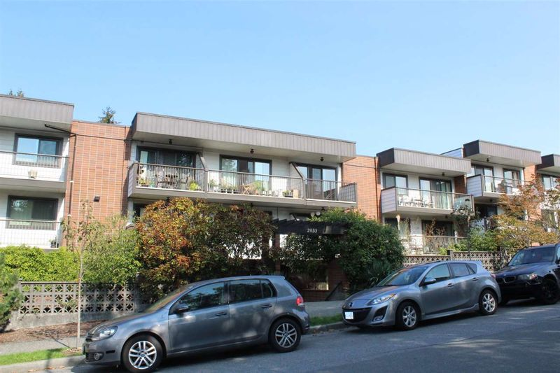FEATURED LISTING: 117 - 2033 Triumph Street Vancouver