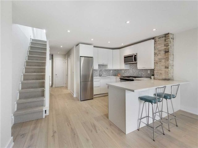 Photo 5: Photos: 601 C Pape Avenue in Toronto: South Riverdale House (2 1/2 Storey) for lease (Toronto E01)  : MLS®# E4139176
