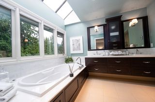 """Photo 28: 4941 WATER Lane in West Vancouver: Olde Caulfeild House for sale in """"Olde Caulfield"""" : MLS®# R2615012"""
