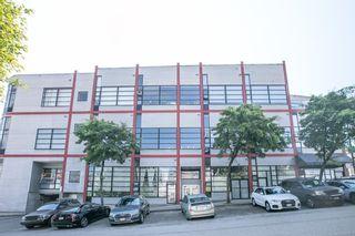"Photo 3: 306 1850 LORNE Street in Vancouver: Mount Pleasant VE Condo for sale in ""Da Vinci"" (Vancouver East)  : MLS®# R2598401"