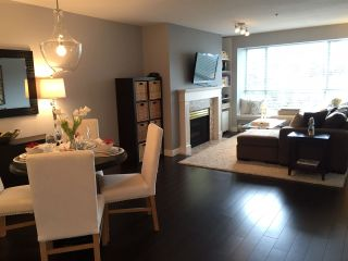 Photo 1: 205 2340 HAWTHORNE AVENUE in : Central Pt Coquitlam Condo for sale : MLS®# R2090643
