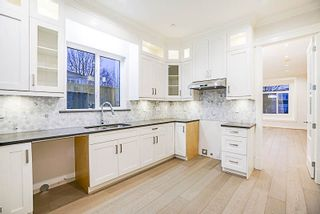 Photo 7: 4291 PARKER Street in Burnaby: Willingdon Heights 1/2 Duplex for sale (Burnaby North)  : MLS®# R2251681